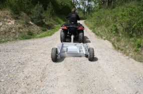 Trolla ATV Straßenplanierer
